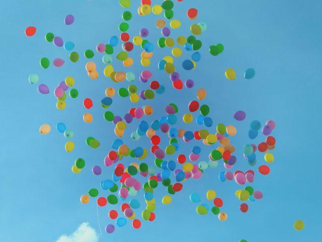 Book ballonklovn til festen